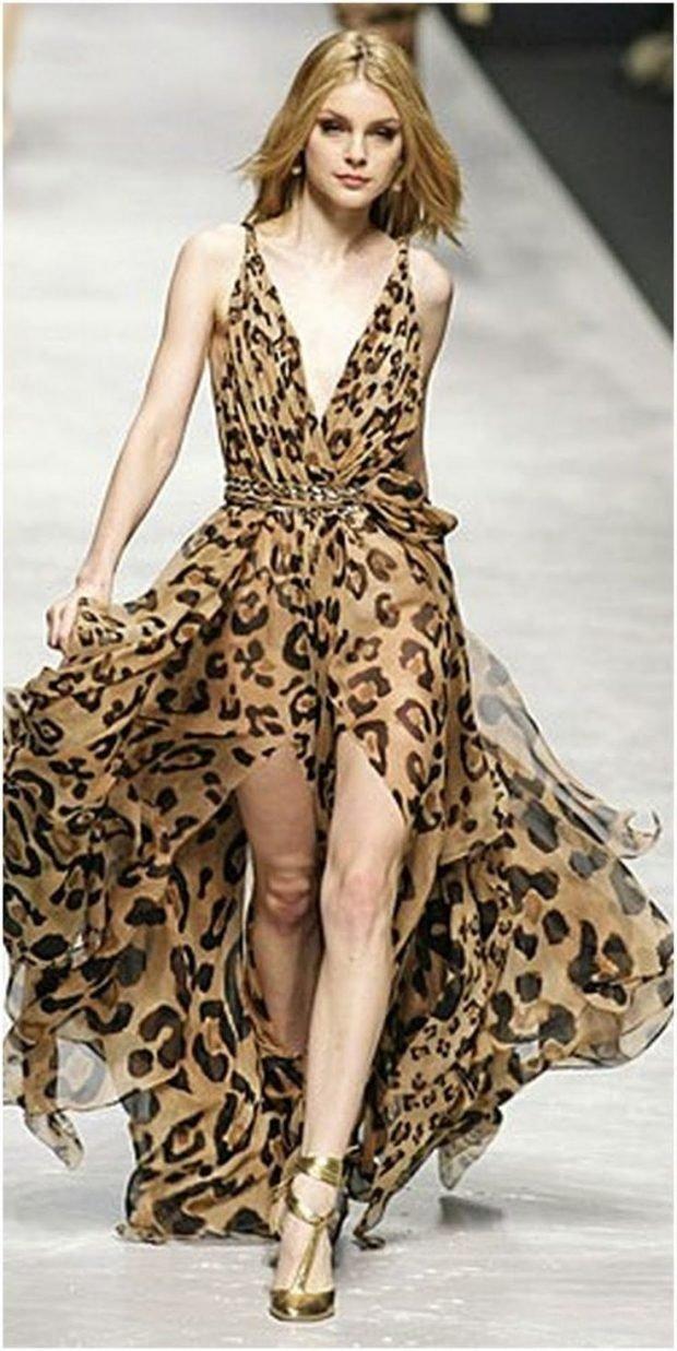 модные принты осень зима 2019 2020: удлиненное шифоновое платье леопардовый
