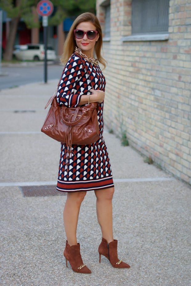 платье до колена геометрический