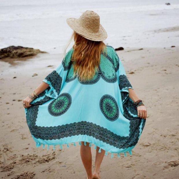 свободная пляжная туника в голубых тонах