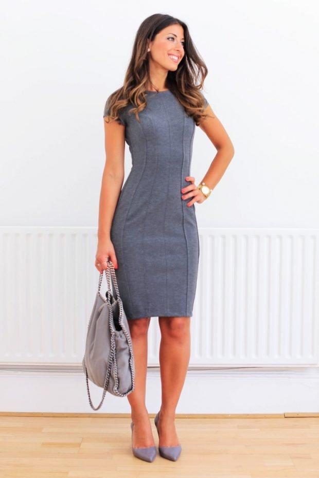 серое офисное платье с коротким рукавом 2018 2019