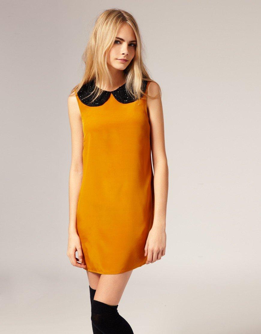 мода желтое офисное платье 2018 с воротником со стразами