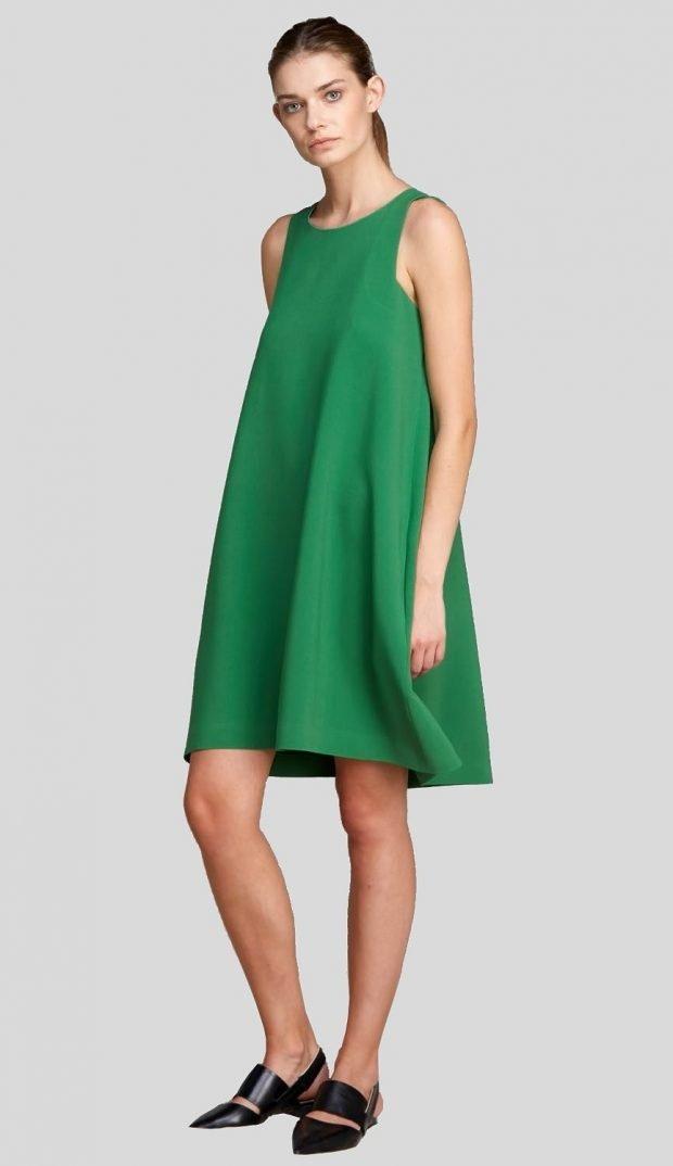 зеленое офисное платье А-силуэта модное