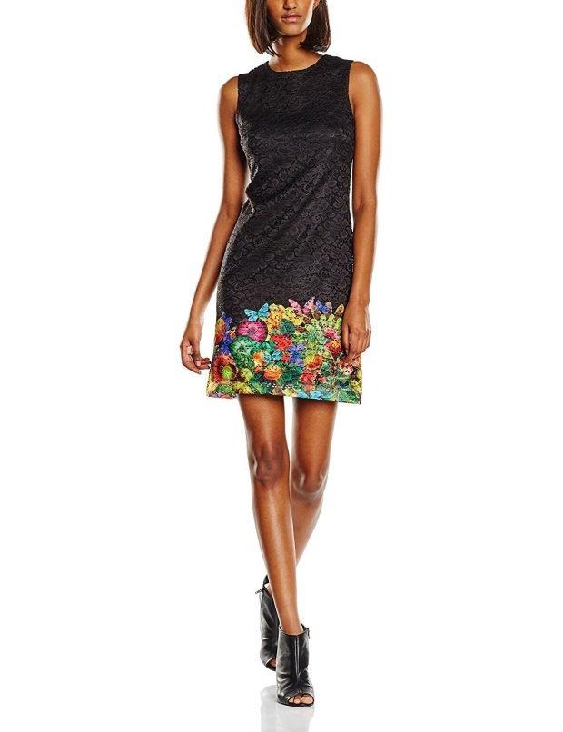 черное офисное платье А-силуэта с принтом
