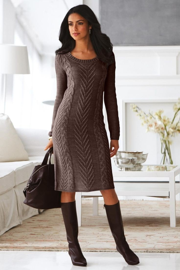 модное вязаное теплое платье для офиса 2018