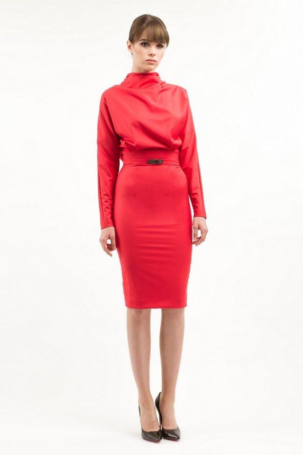 красное офисное платье 2019 2020 с длинным рукавом