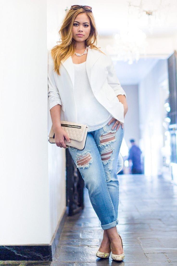 белый пиджак и рваные джинсы с чем носить