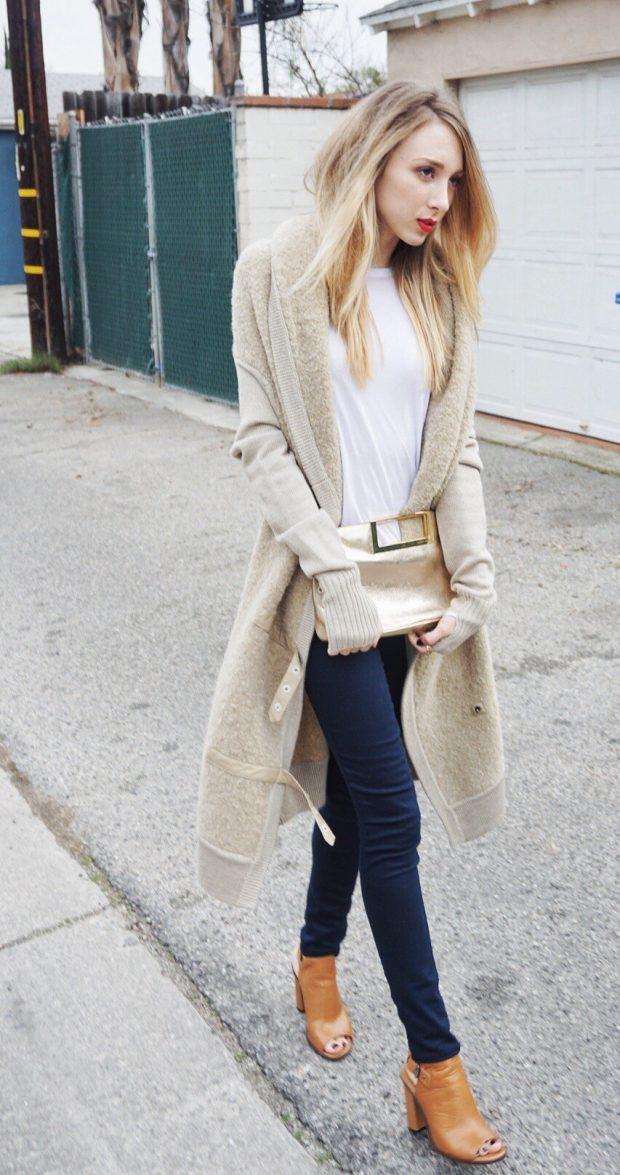 светлый удлиненный кардиган и джинсы с чем носить