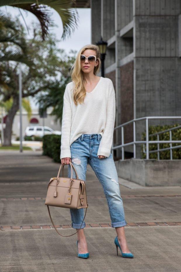 белый свитер и джинсы бойфренды с чем носить