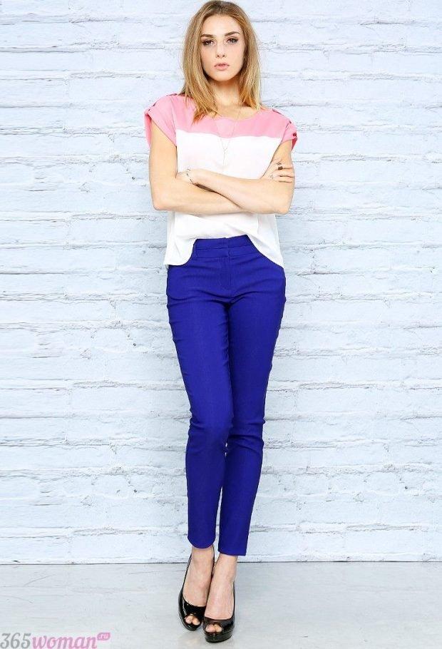 бело-розовая блуза скинни
