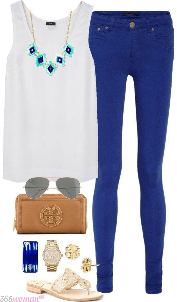 модный лук с ярко синими брюками с чем носить