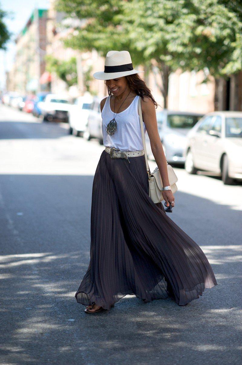 легкая длинная серая юбка с чем носить