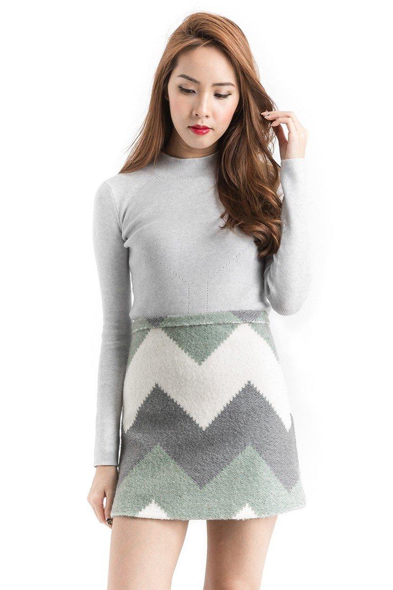 серая шерстяная мини-юбка принт с чем носить
