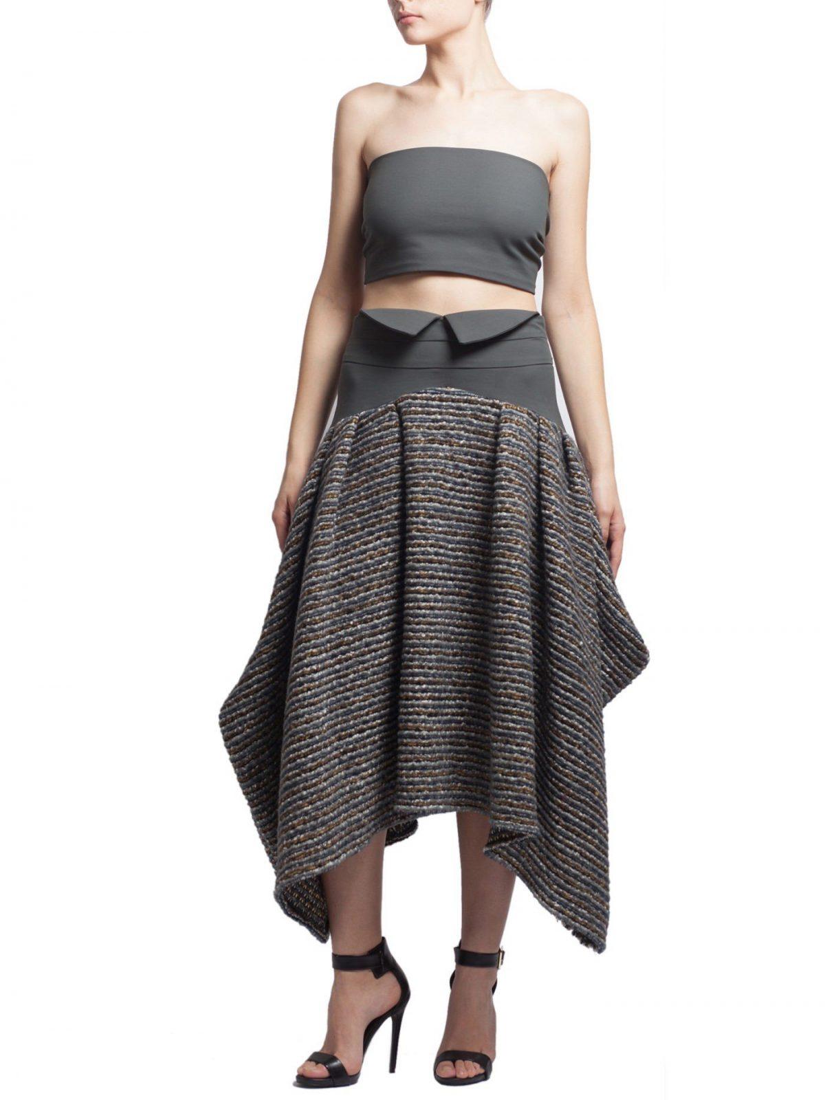 асимметричная серая шерстяная юбка с чем носить
