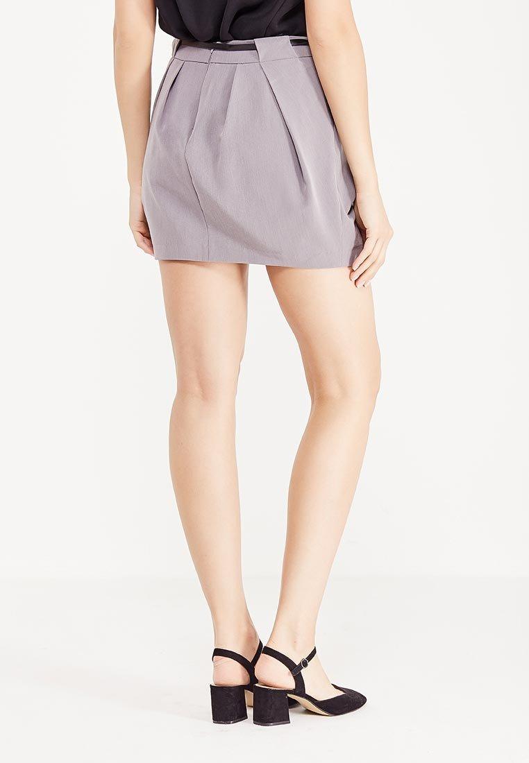 с чем носить короткая серая юбка тюльпан