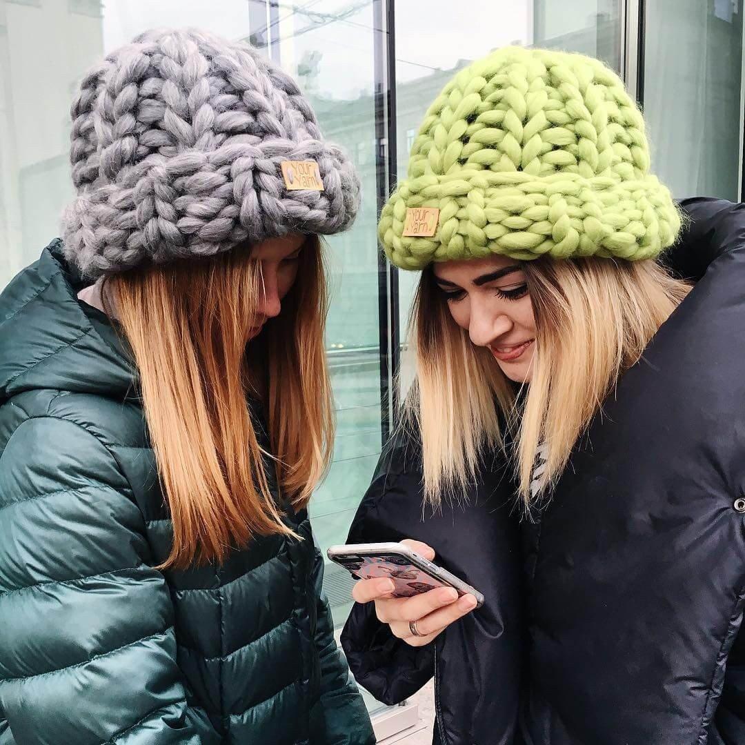 зимние шапки крупной вязки