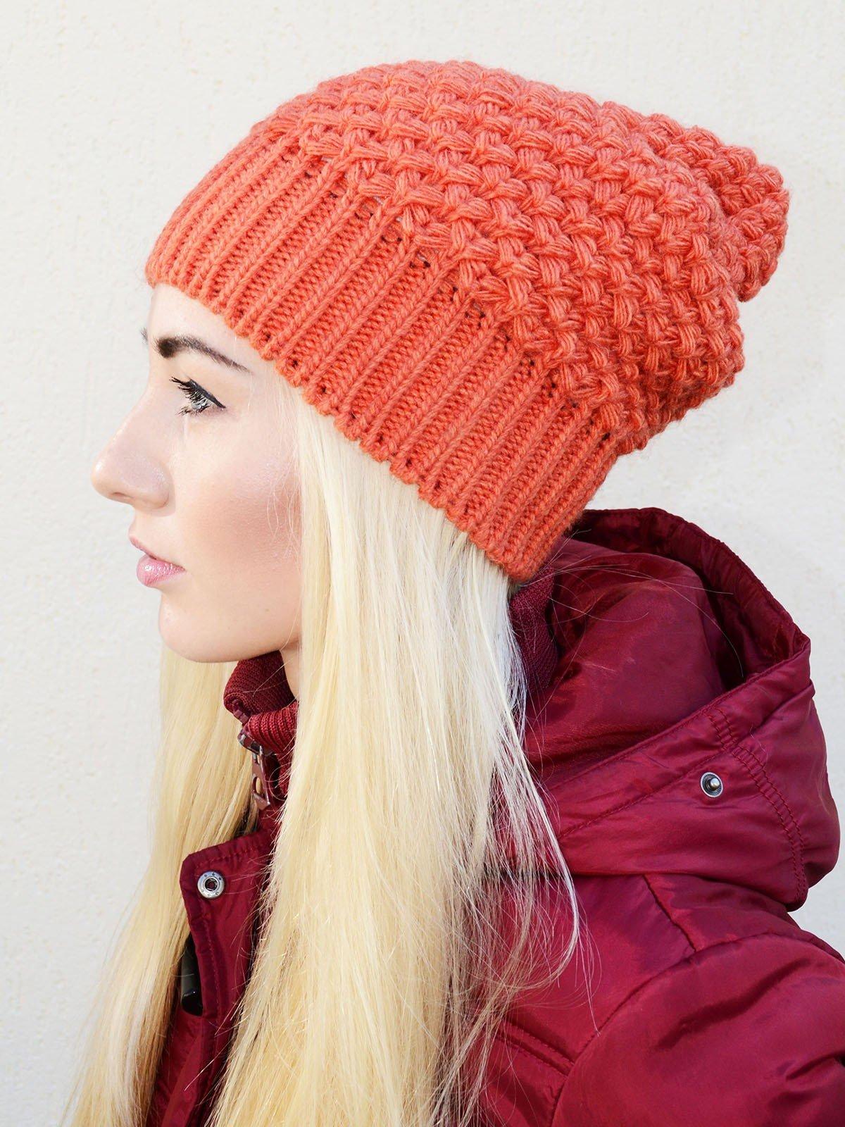 шапка-бини кораллового цвета