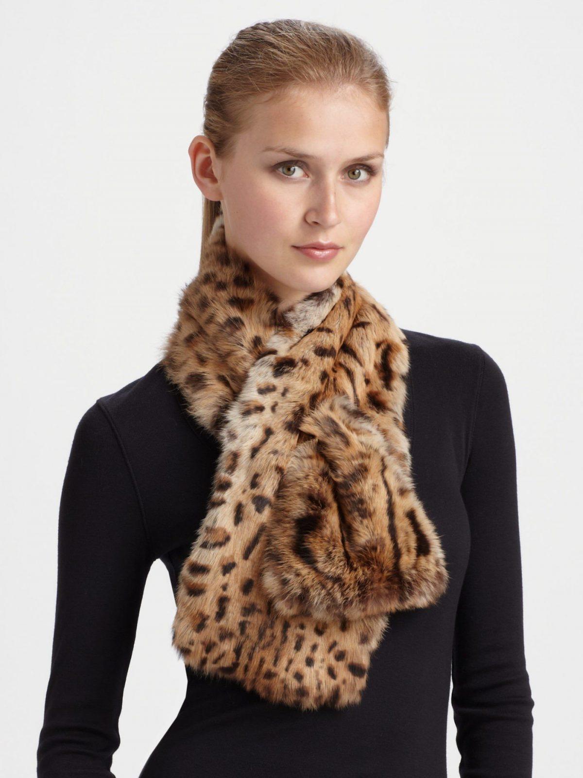 меховой шарф леопардовой расцветки