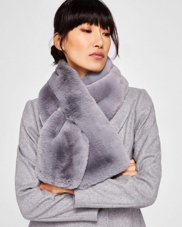 шапки и шарфы осень-зима 2019 2020: серый меховой