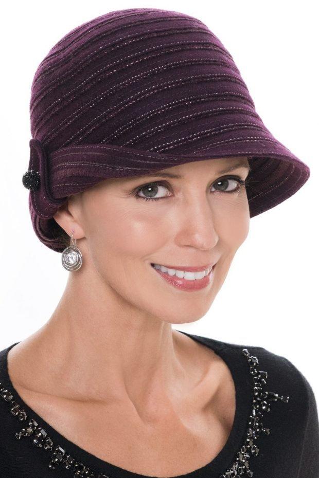 женская бордовая шляпа