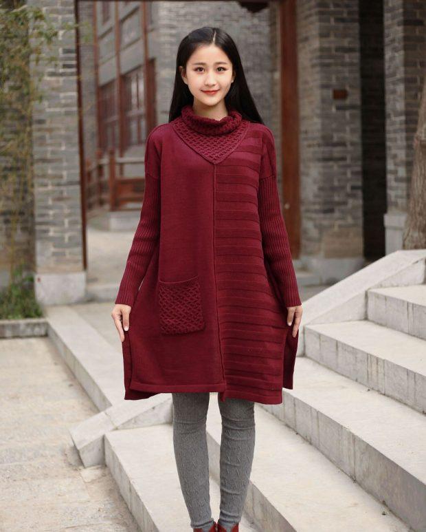 бордовый длинный свитер