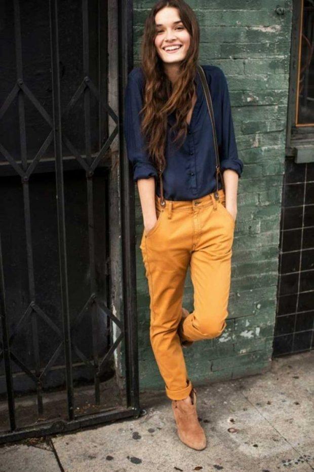 свободные брюки яркого цвета