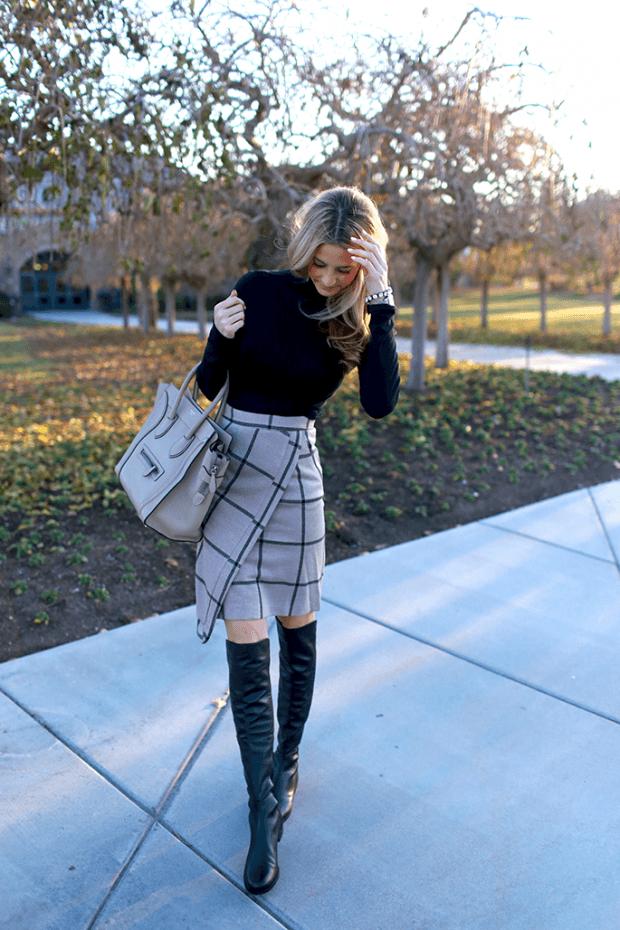 Тренды осень-зима 2019 2020: серая юбка в клетку с запахом