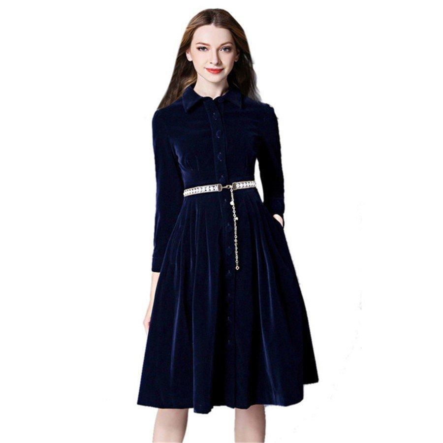 Тренды осень-зима 2018 2019: темно-синее бархатное платье