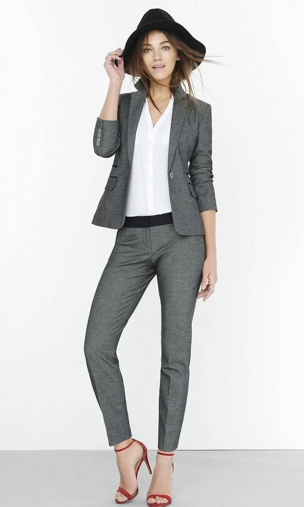 Тренды осень-зима 2019 2020: серый классический брючный костюм