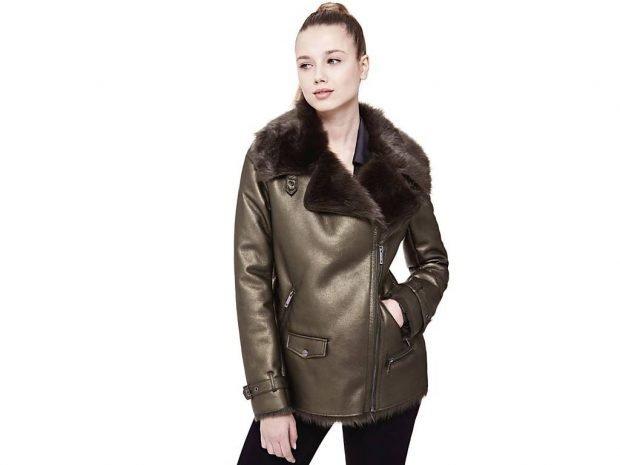 Тренды осень-зима 2019 2020: кожаная куртка с блеском и меховым воротником