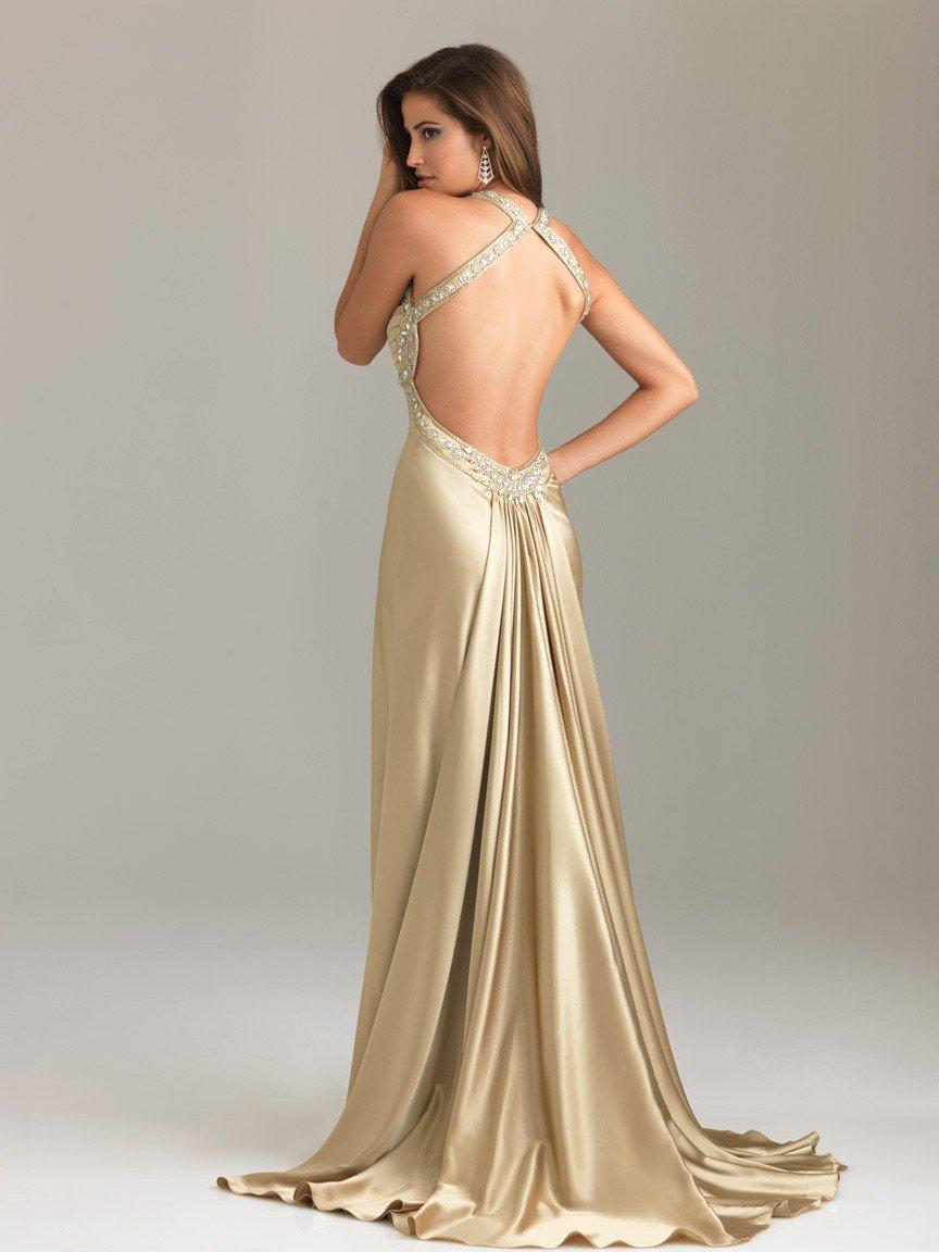 длинное золотое платье с открытой спиной