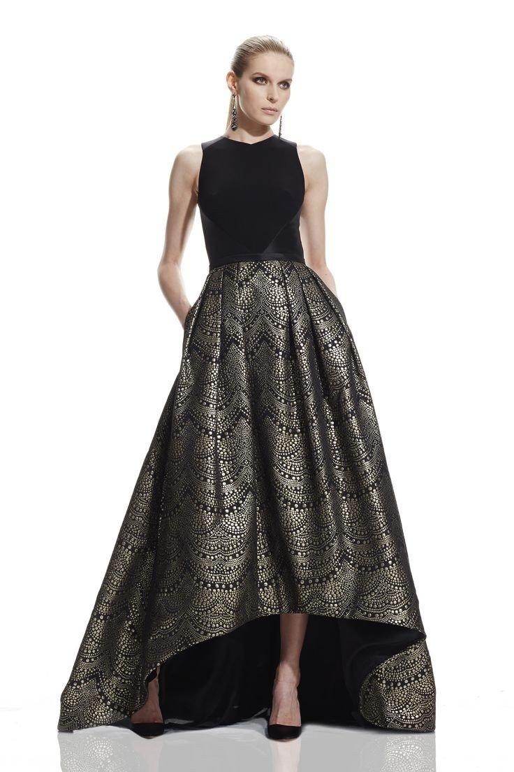 черное длинное платье с пышной юбкой с блеском