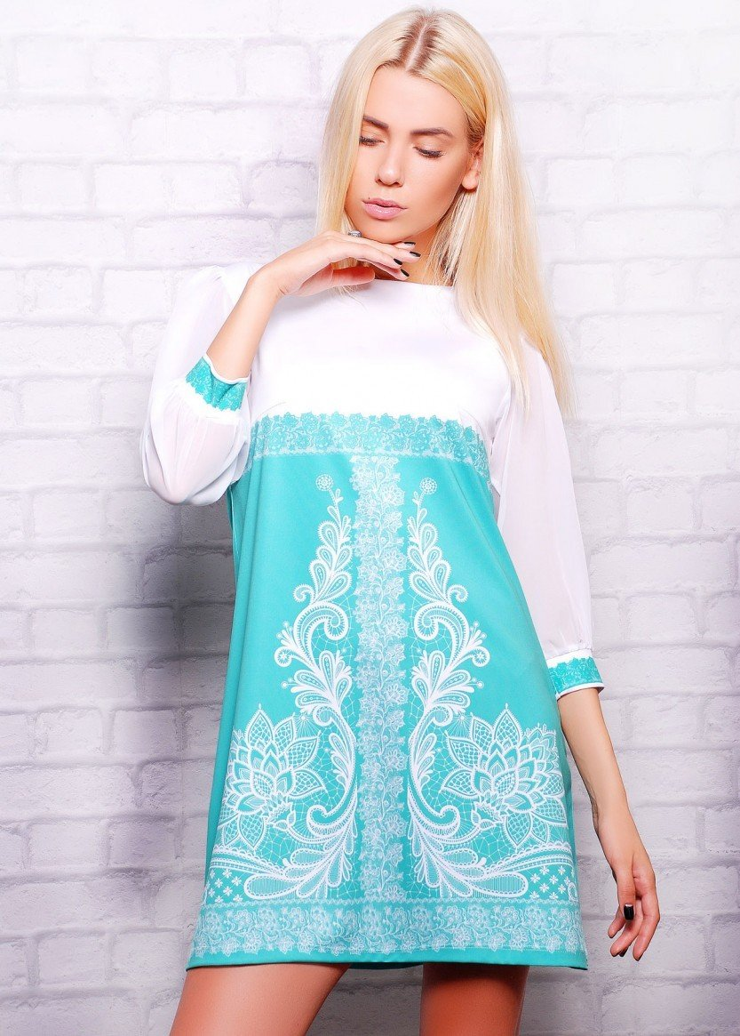 бело-мятное платье трапеция с рисунком