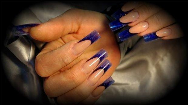 арочное моделирование ногтей: форма френч синий