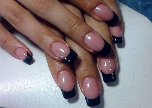 арочное наращивание ногтей: форма френч черный короткие