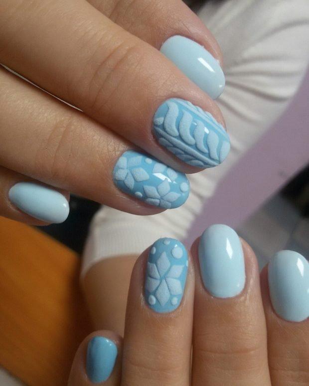 маникюр дизайн ногтей шеллак: голубые ногти с вязкой