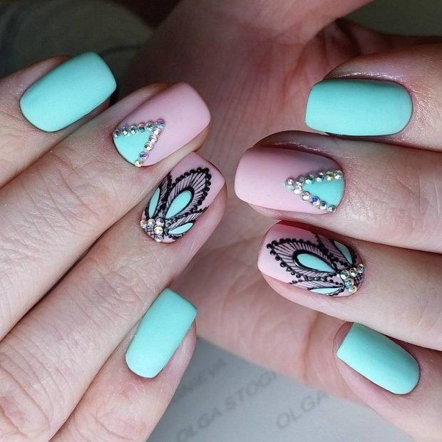 маникюр дизайн ногтей шеллак: ногти розовые с голубым с рисунком