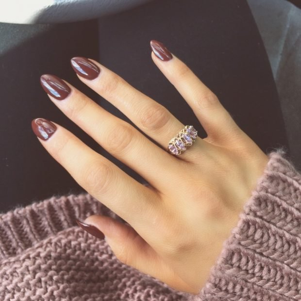 маникюр шеллак 2021 ногти коричневые