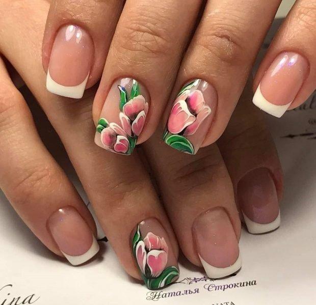 дизайн ногтей шеллак 2021 френч классика на ногтях цветы