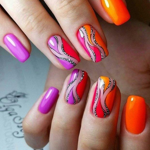 маникюр дизайн ногтей шеллак 2021: яркие цветные ногти