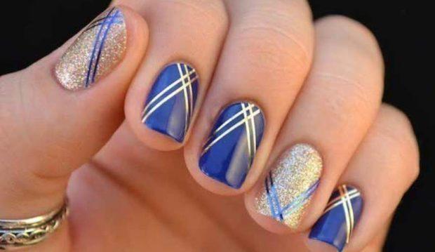 маникюр скотч-лента синий с золотом - дизайн ногтей шеллак 2018