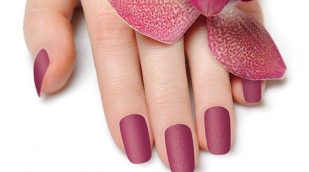 матовый маникюр бледно-розовый - дизайн ногтей шеллак