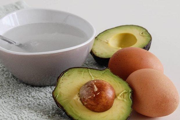 Домашние маски для густоты и быстрого роста: на основе яйца и авокадо