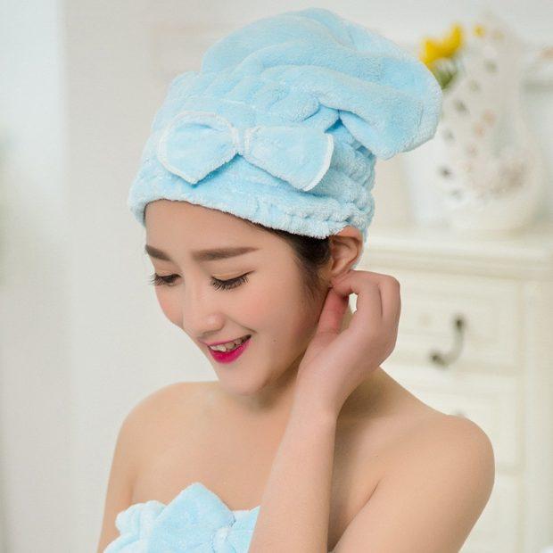 укутайте волосы полотенцем