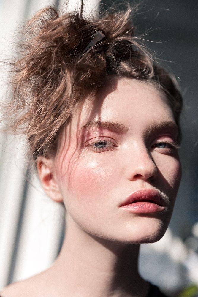 дрейпинг в макияже: светло-розовый