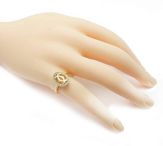 кольцо на мизинце овал