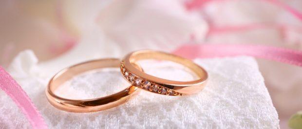кольца из золота тонкие с камушками