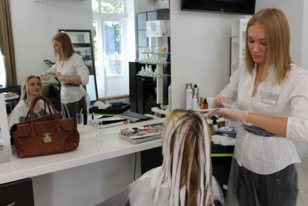 Лунный календарь стрижек волос на июнь 2018 года - можно посетить салон красоты в этот день