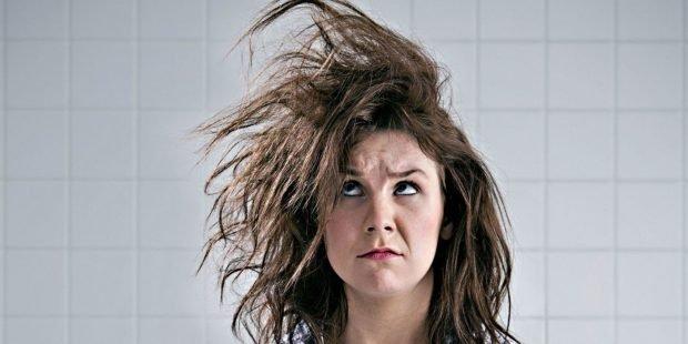 в этот день волосы могут стать запутанными