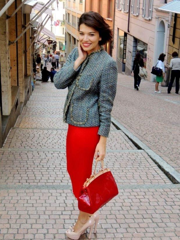 синий пиджак красная юбка