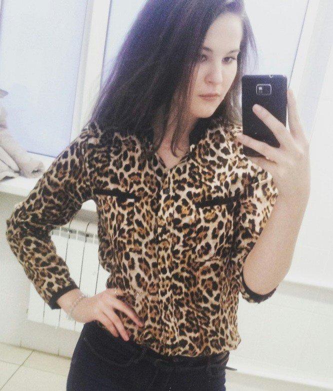 блузка в принт леопарда